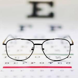 دكتور العيون